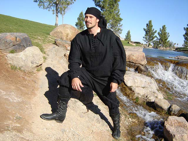 Comfortable, Durable, and Handmade all purpose Braies / Pants / Trousers for a Pirate life at sea!! (c. 1200 - 1650). Perfect for all Renaissance Festivals or SCA Events!!